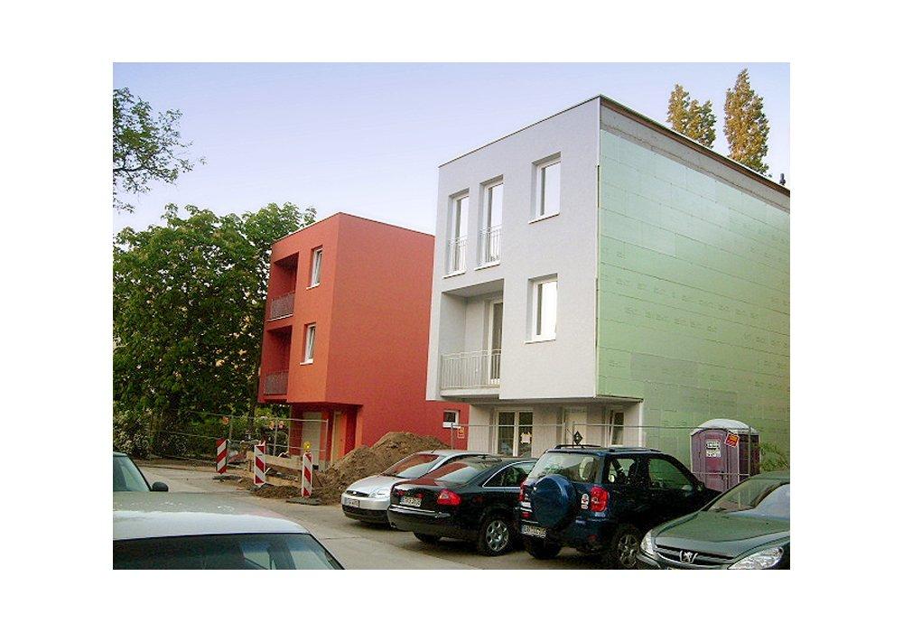 friedrichsfelder townhouses berlin lichtenberg first. Black Bedroom Furniture Sets. Home Design Ideas